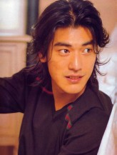 Sexy Takeshi Kaneshiro pictures with his cute haircut