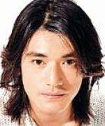 Takeshi Kaneshiro with long hairstyle_long sidebangs