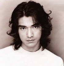 Takeshi Kaneshiro with long wispy hairstyle